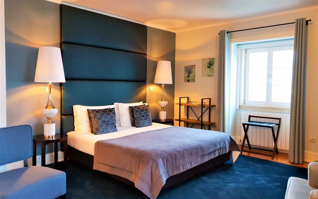 1 Night Suite & Massage Package & Intimate Dinner for 2